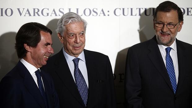 José María Aznar, Mario Vargas Llosa y Mariano Rajoy, ayer en la Casa de América