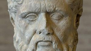 Escultura del filosófo griego Platón