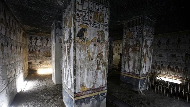 Vista interior de la tumba del faraón Seti I en el Valle de los Reyes en Luxor, Egipto, el 17 de agosto de 2009.