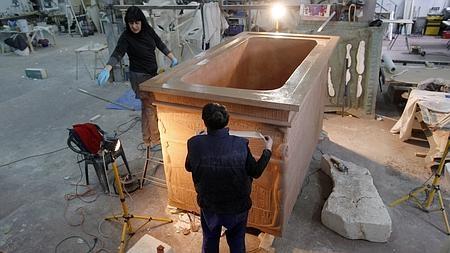 Así se creó la copia del sarcófago de Tutankamon