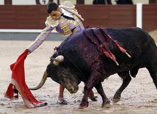 Paco Ureña, en un derechazo