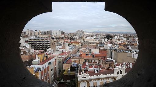 Panorámica de Murcia desde una de las ventanas de la torre de la Catedralde Murcia