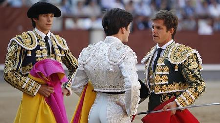 Garrido confirmó de manos de El Juli y en presencia de Castella