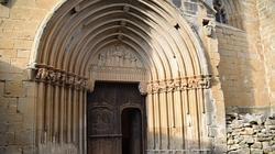 Puerta de entrada a la ermita