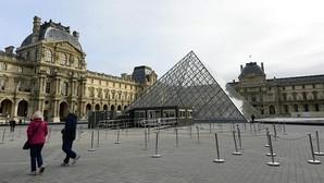 El Louvre cierra para proteger sus obras de arte