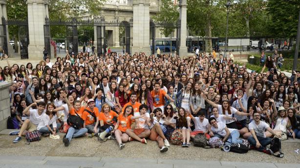 La comunidad de blogueros literarios reunió ayer a 600 jóvenes en su encuentro anual de la Feria del Libro