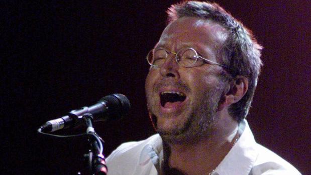 Eric Clapton padece una enfermedad que podría alejarle de la guitarra