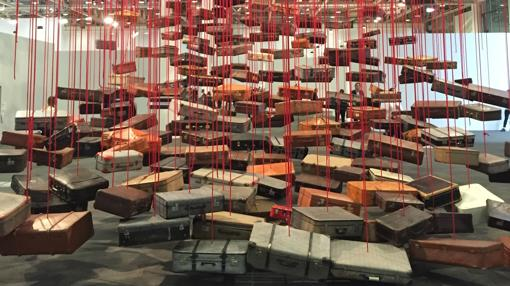 Instalación de la japonesa Chiharu Shiota