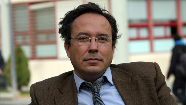 El astrofísico y filósofo Juan Arnau