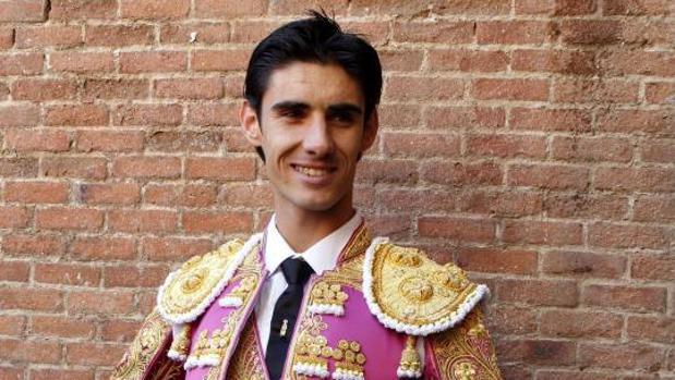 El torero segoviano de 29 años Víctor Barrio, esta tarde en la plaza de toros de Teruel, tras la cornada mortal