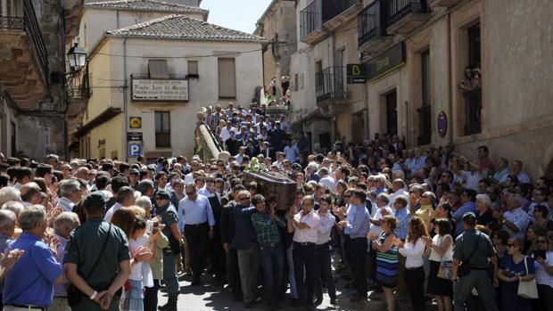 La madre de Víctor Barrio pide respeto para los toreros