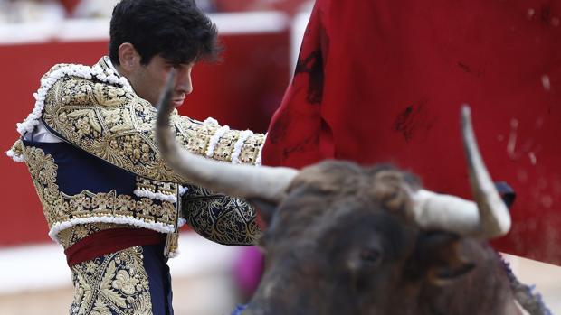 Gran faena de Talavante en San Fermín