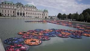 Ai Weiwei remueve las conciencias con chalecos salvavidas de refugiados