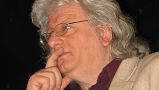 Hemeroteca: Fallece a los 66 años el escritor húngaro Péter Esterházy   Autor del artículo: Finanzas.com