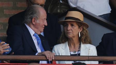 Don Juan Carlos y Doña Elena, en un palco