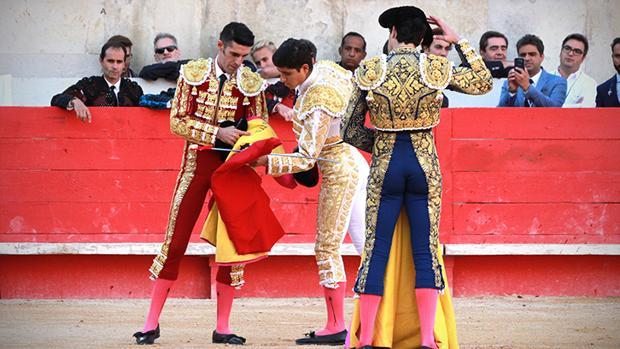 Ceremonia de alternativa de Luis David Adame, de manos de Talavante y en presencia de López Simón
