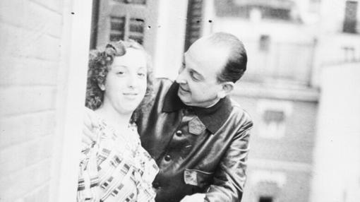Melchor Rodríguez junto a su hija Amapola