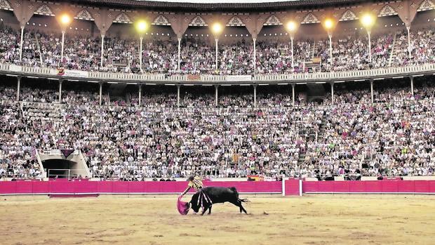 La Monumental de Barcelona, llena hasta la bandera en tarde de toros