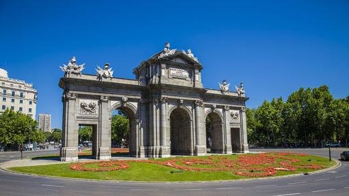 Puerta de Alcalá, uno de los símbolos de la modernización llevada a cabo por Carlos III