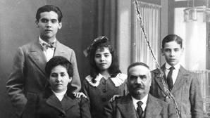 El día que Lorca «robó» en Ávila «astillas de todo lo que usó» Santa Teresa