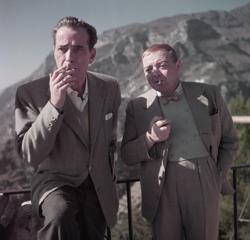 Humphrey Bogart y Peter Lorre, en el set de «La burla del diablo» (Ravello, 1953)