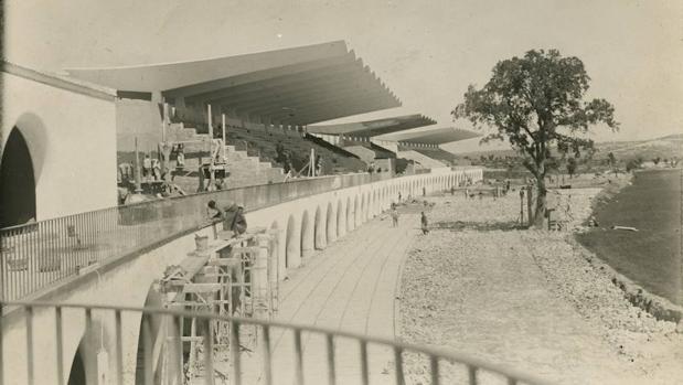 Obras del Hipódromo de la Zarzuela en 1941, antes de su inauguración