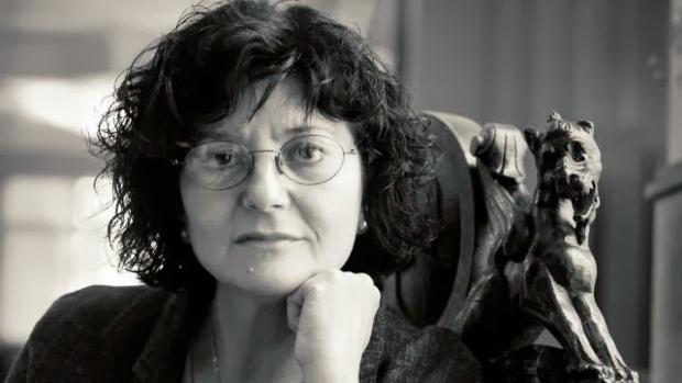 Ángeles Mora