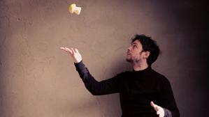 Borja M. Cebrián: «Mi mirada artística se basa en la sensación de absurdo que ofrece la realidad»
