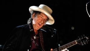 Bob Dylan no irá a recoger el Nobel de Literatura debido a «otros compromisos»
