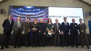 El Teatro Real recibe un cálido homenaje con motivo de su Bicentenario