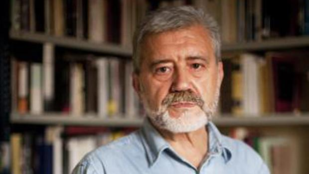 El editor e historiador Gonzalo Pontón