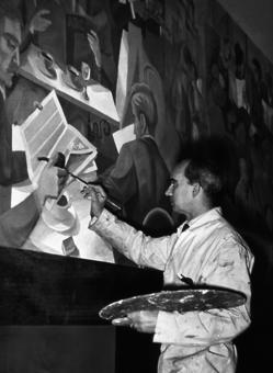 Serny pintando el mural para la sede de ABC en la calle Serrano de Madrid (ca. 1960)