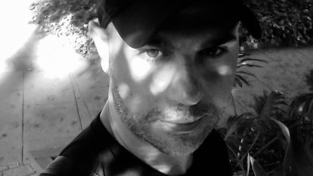 El selfie que Carlos Ortega Vilas dedica a ABC Cultural