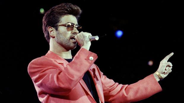George Michael, durante una actuación en 1995