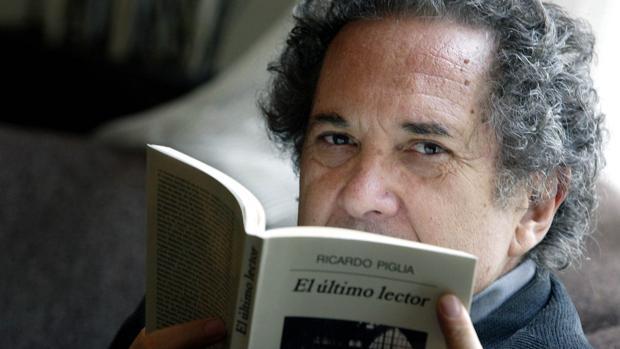 Muere Ricardo Piglia, el escritor que alumbraba la complejidad del mundo