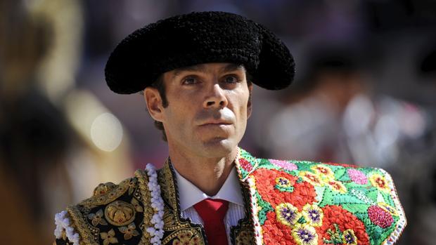 José Tomás, en el paseíllo de su triunfal jornada en Nimes