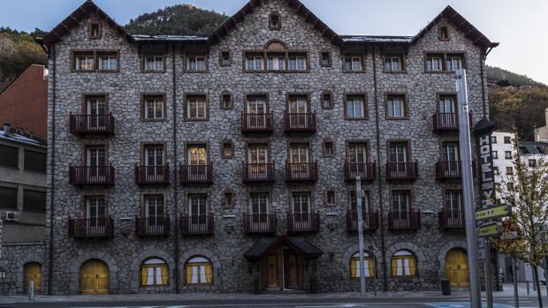 Antiguo Hotel Valira de Andorra. El museo se instalará en la planta baja del edificio