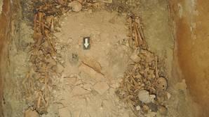 Salen a la luz los enigmas de la cripta familiar de Ausiàs March