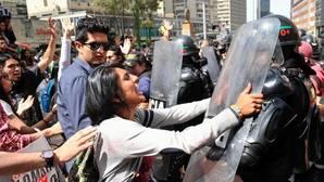 Las salvajadas antitaurinas en la reapertura de la Santamaría
