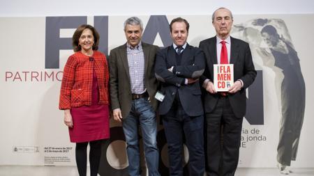 Ana Santos, Teo Sánchez, David Calzado y Luis Alberto de Cuenca, durante la presentación de la exposición