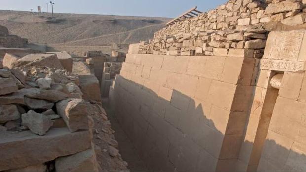 Vista de la capilla funeraria de Akhethétep