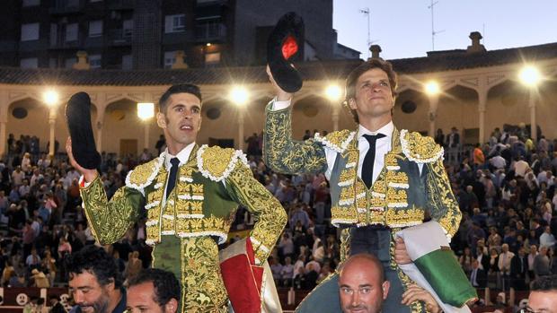 Talavante y El Juli, a hombros el pasado año en Albacete