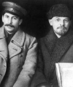 Iósif Stalin y Vladímir Lenin