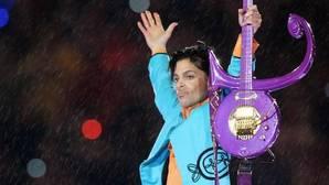 Prince durante una de sus actuaciones