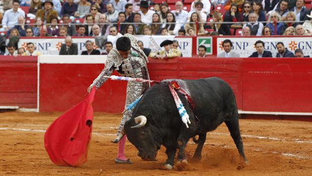 Sergio Flores, lo más destacado en la Plaza México