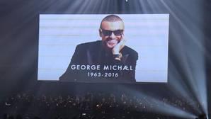 David Bowie y George Michael brillan en los Brit Awards