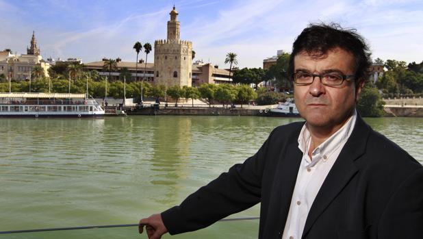 Javier Cercas retratado en Sevilla