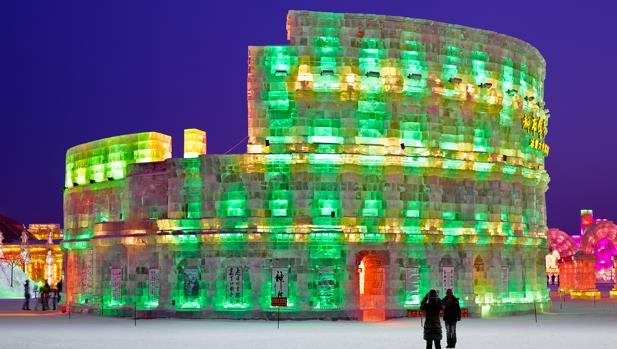 Obra sobre el Coliseo de Olivo Barbieri
