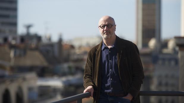 Fresán, fotografiado en Barcelona antes de la entrevista