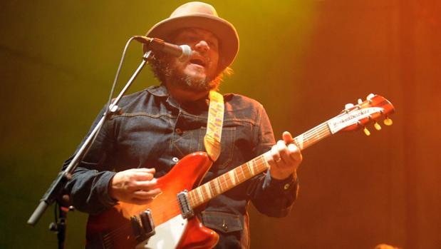 Jeff Tweedy, líder de Wilco, durante una de las actuaciones de la banda en España